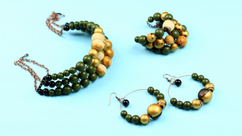 DIY Wooden Jewelry Set